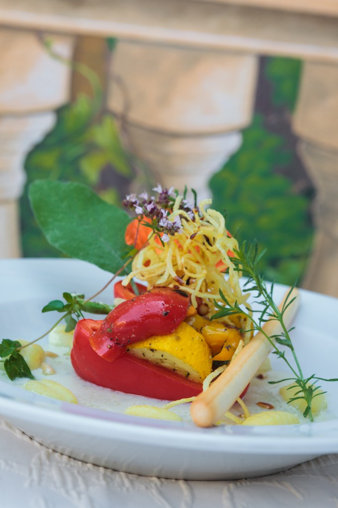 Gefülltes Paprikakörbchen - vegetarisch